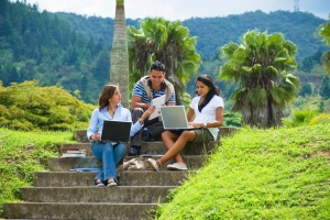 Leverage Social Media in the Community College to Engage Students